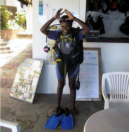 I am so happy, just finished my PADI Advanced Open Water Diver course